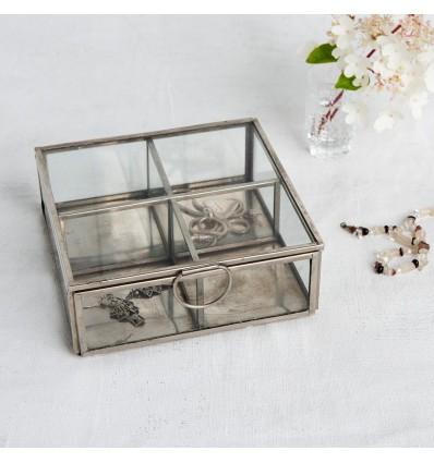Boîte à bijoux en laiton argenté
