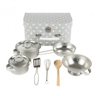 Dînette cuisinière en métal et sa valise grise étoilée