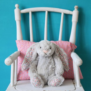 Peluche Blossom lapin gris et liberty (moyen) Jellycat